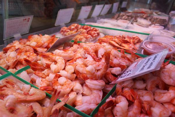 Steamed shrimps.